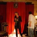 Der eigentliche Star des Abends: Die junge Autorin im Rampenlicht.