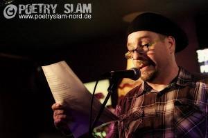 Andre Dahlke auf einem Poetry-Slam